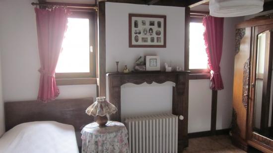 chambre rétro GITE 1546